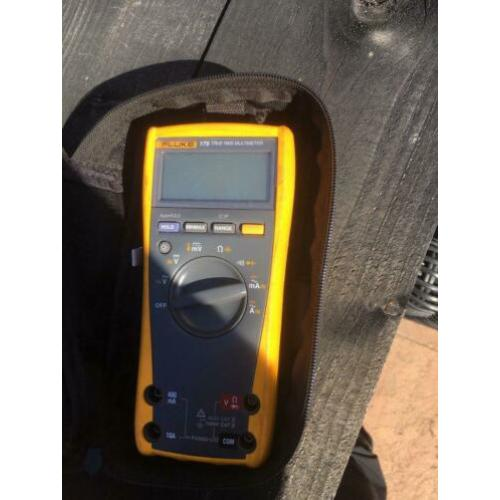 Fluke 179 multimeter true rms