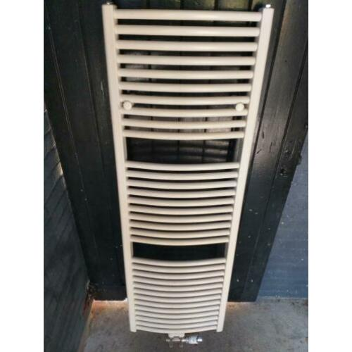 Vasco badkamerradiator designradiator met thermostaat